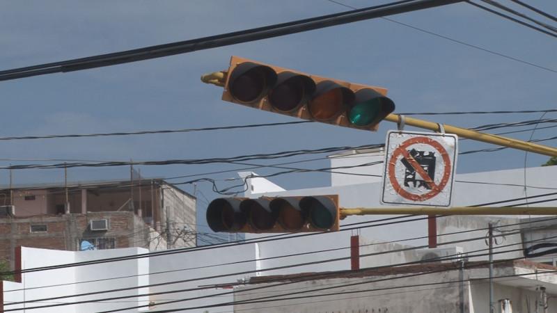 Cuidado al cruzar avenida ciudades hermanas y patria