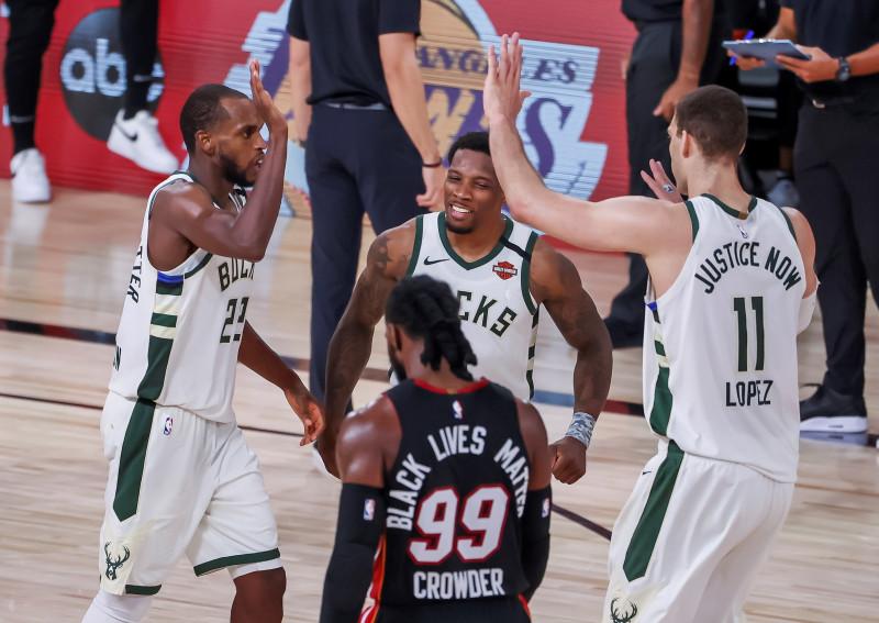 Los Bucks derrotaron al Heat en el cuarto juego de las semis