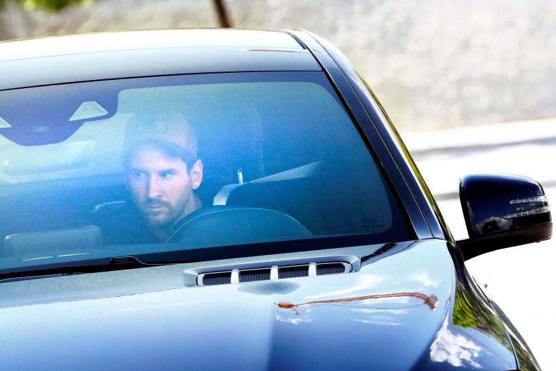 Messi ya se encuentra en Ciudad Deportiva de Barcelona