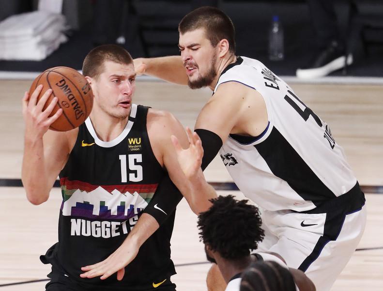 Los Clippers derrotan a los Nuggets