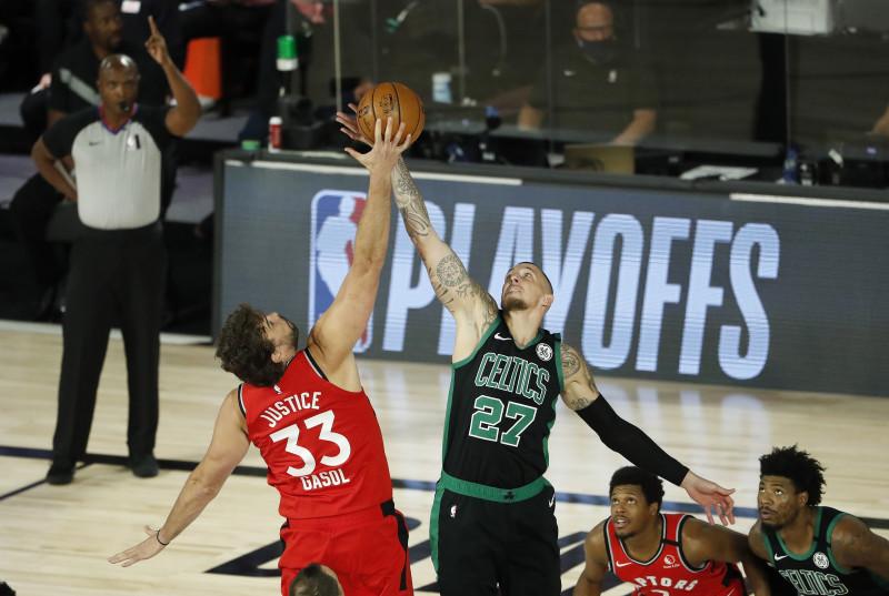 Los Celtics se ponen al frente ante los Raptors