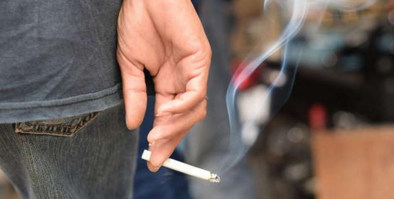 López-Gatell promueve que se aumenten los impuestos al cigarro