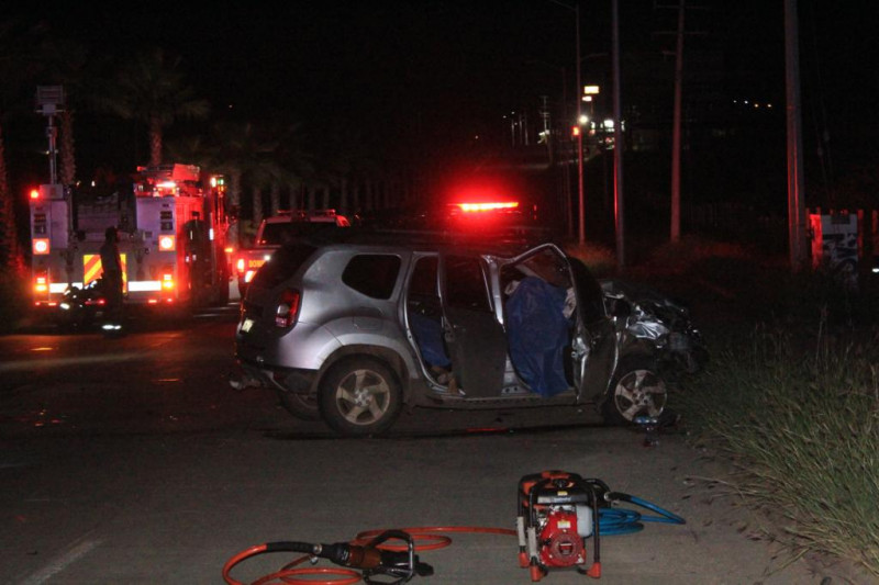 Accidente de tránsito deja dos personas fallecidas y dos heridas en carretera Culiacán-Imala