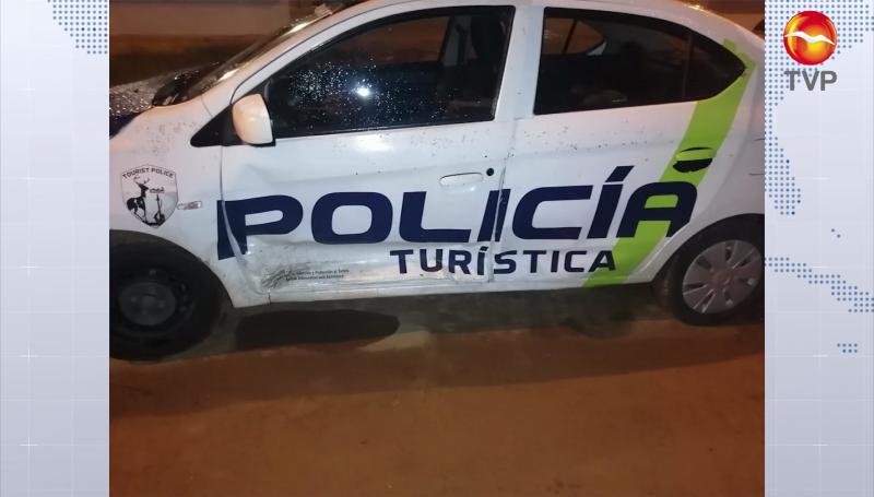 Persecución en Mazatlán: una mujer detenida, dos patrullas dañadas y un tránsito lesionado