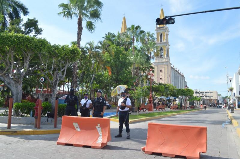 Implementan operativo de vigilancia en el centro de Mazatlán