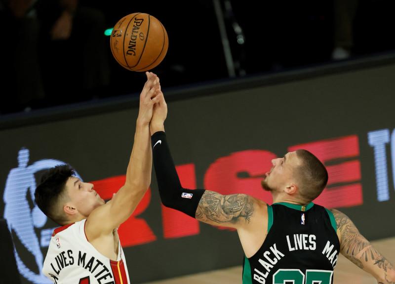 Los Celtics derrotan al Heat