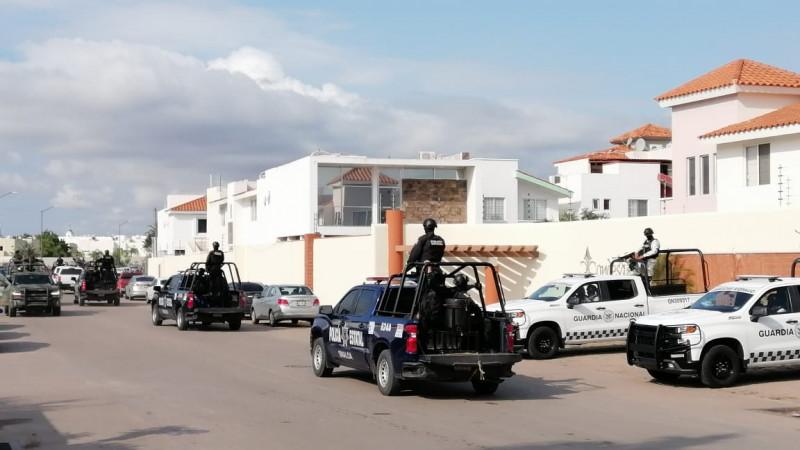 Tras persecución detienen a 11 personas fuertemente armadas en Culiacán
