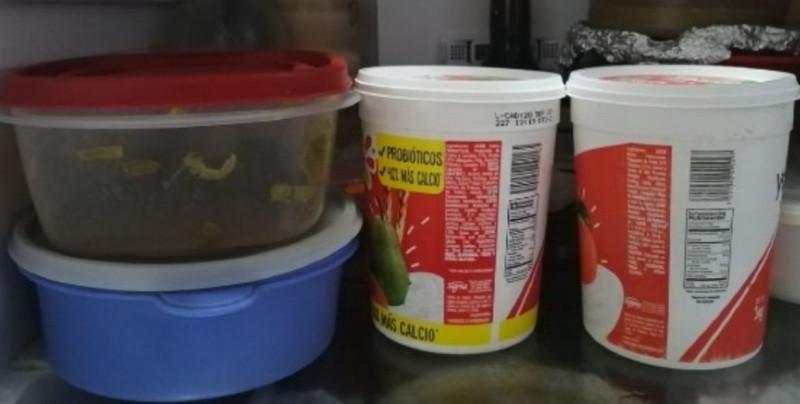 Guardar comida en envases de yogurt o crema aumentan riesgo de contraer cáncer: Profeco