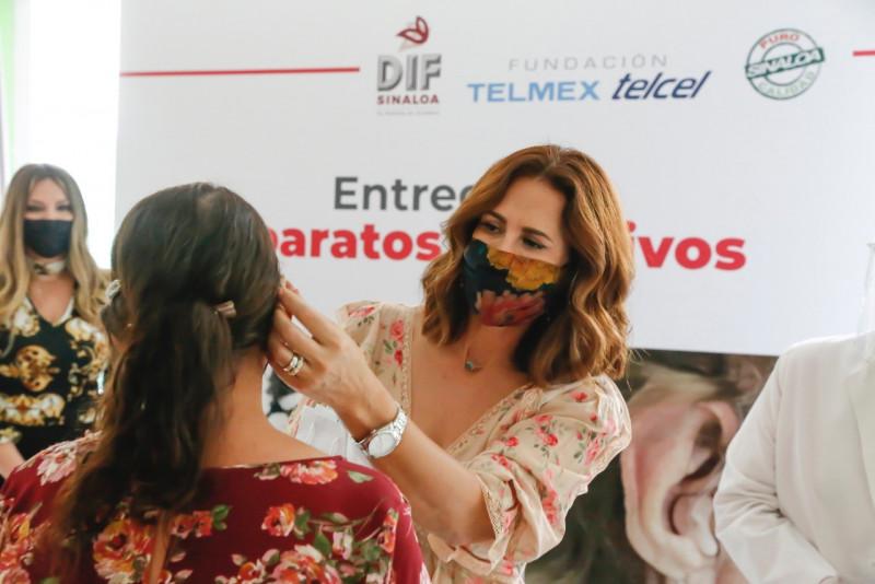 Entrega el DIF Sinaloa auxiliares auditivos