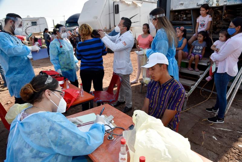 Lleva Ayuntamiento de Ahome apoyo alimenticio y atención médica a familias del Circo Atayde.