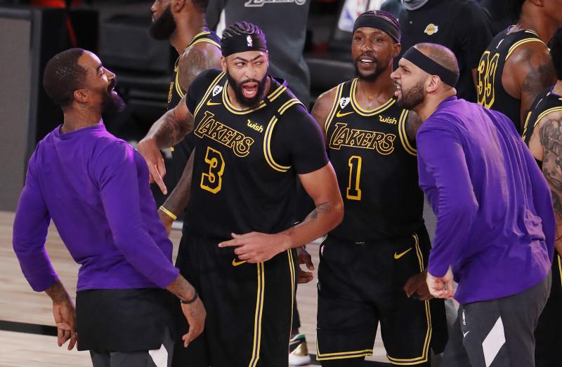 Los Lakers toman ventaja sobre los Nuggets
