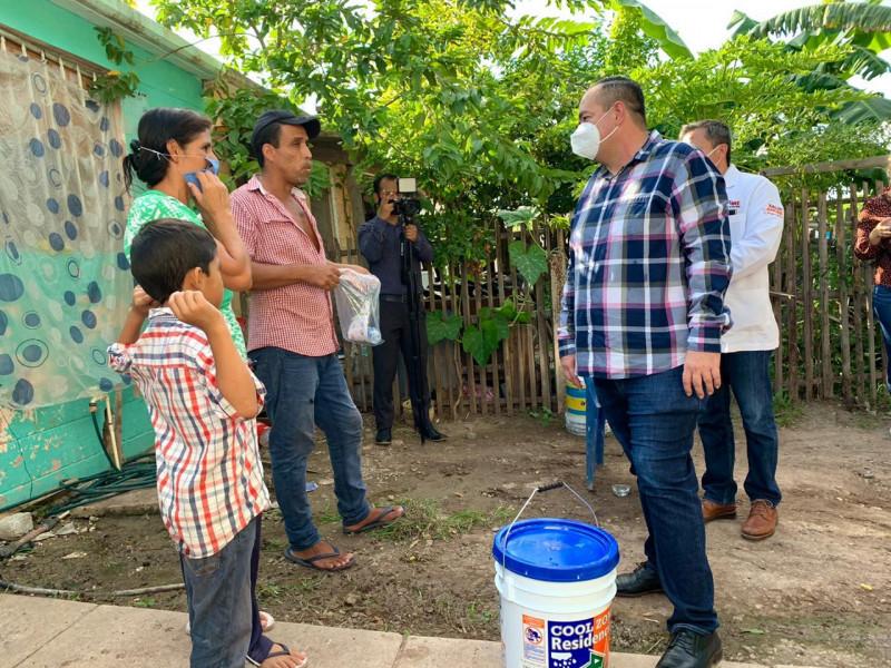 Brigada Médica y de Servicios del Gobierno Municipal llega al fraccionamiento Virreyes