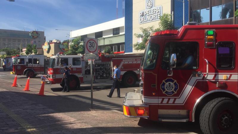 De nuevo se manifiestan Bomberos en el Ayuntamiento de Culiacán