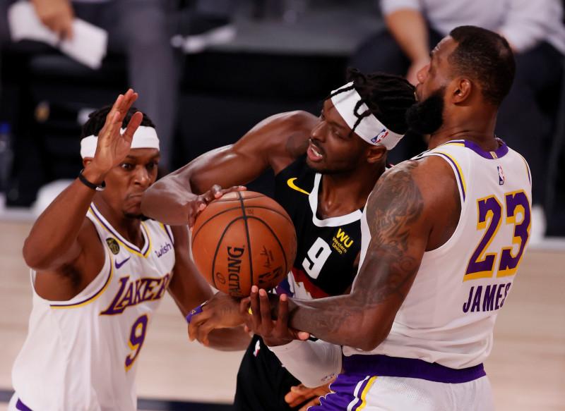 Los Nuggets vencen a los Lakers en el tercer partido