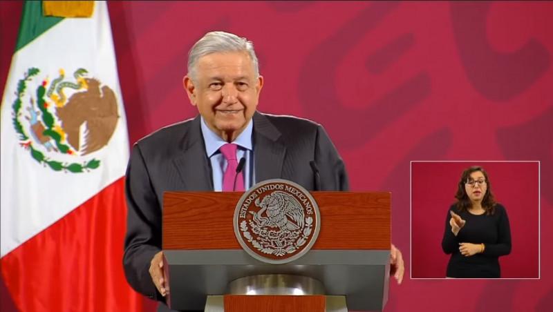 López Obrador ha perdido aprobación, pero no popularidad y la gente volvería a votar por él: encuestadora Parametría