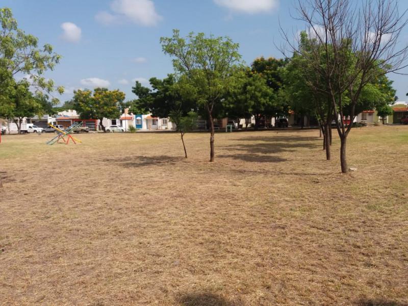 Atiende Ayuntamiento de Culiacán denuncia en parque de La Conquista