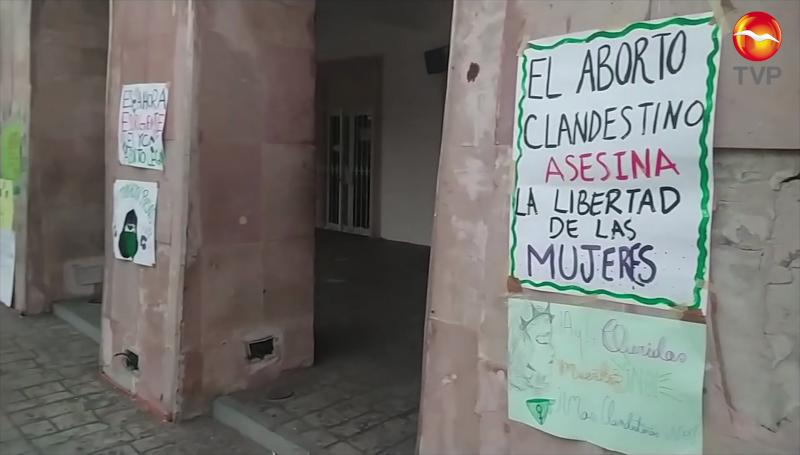 Marchan por el aborto legal en Sinaloa