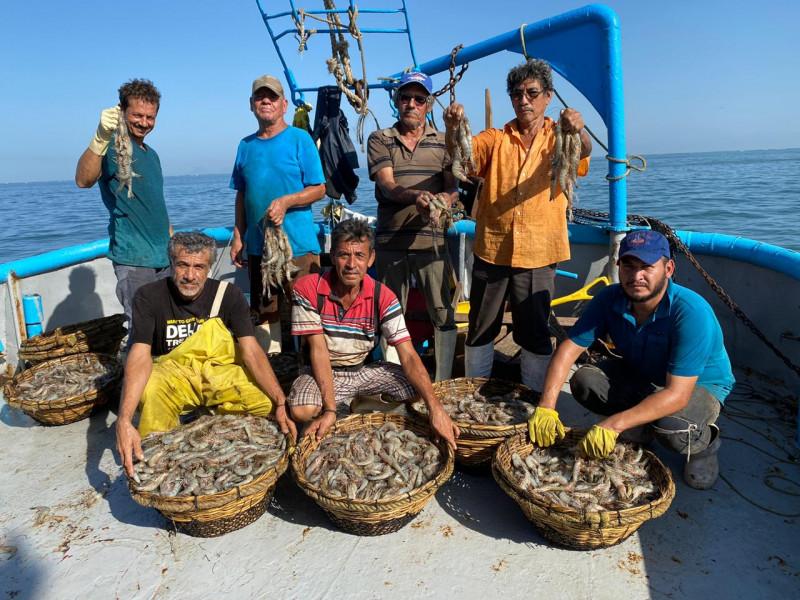 Inicia la zafra camaronera en aguas marinas del litoral del Océano Pacífico