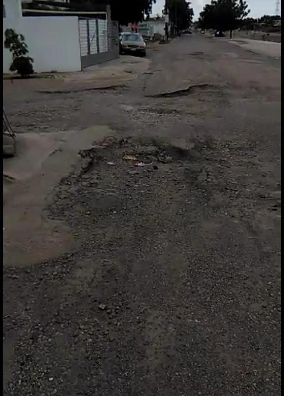 En pésimas condiciones las calles en Capistrano