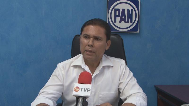 No entrará Juan Carlos Estrada al pleito entre Vargas y Rocha