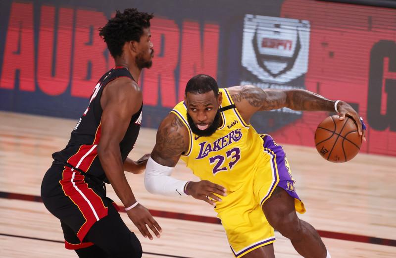 Los Lakers toman ventaja en la Final de la NBA