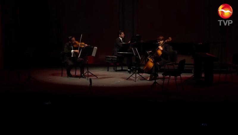 Teatro Ángela Peralta abre sus puertas al público