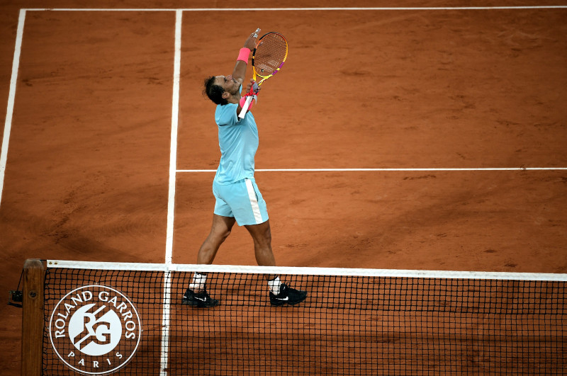 Nadal se mete a semis de Roland Garros