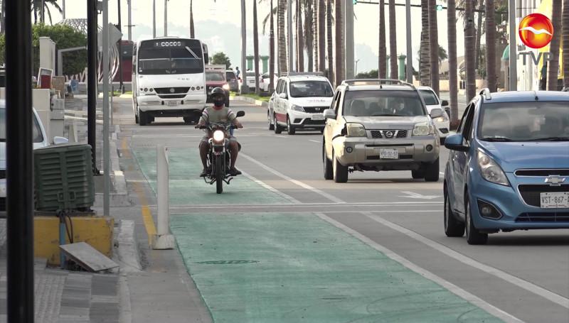 Conductores no respetan a ciclistas e invaden ciclovías en la Zona Dorada