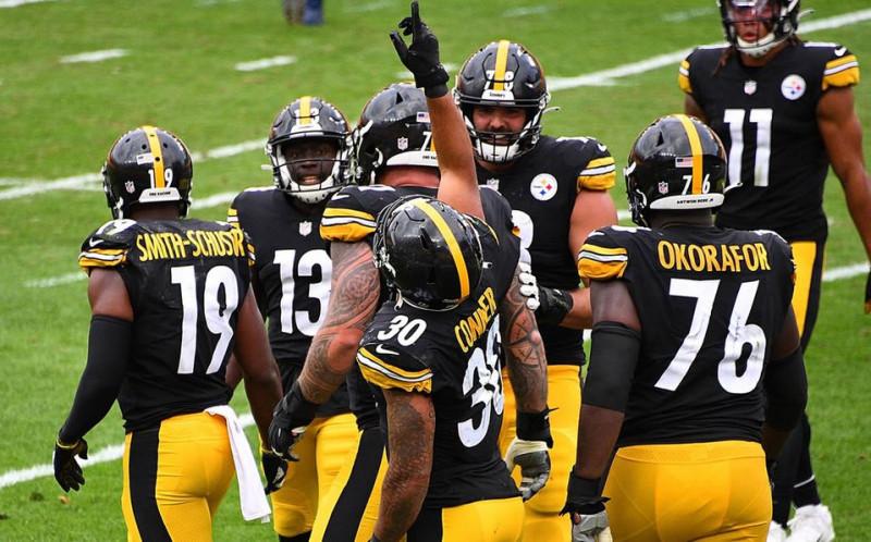 Steelers inician la temporada con marca 4-0