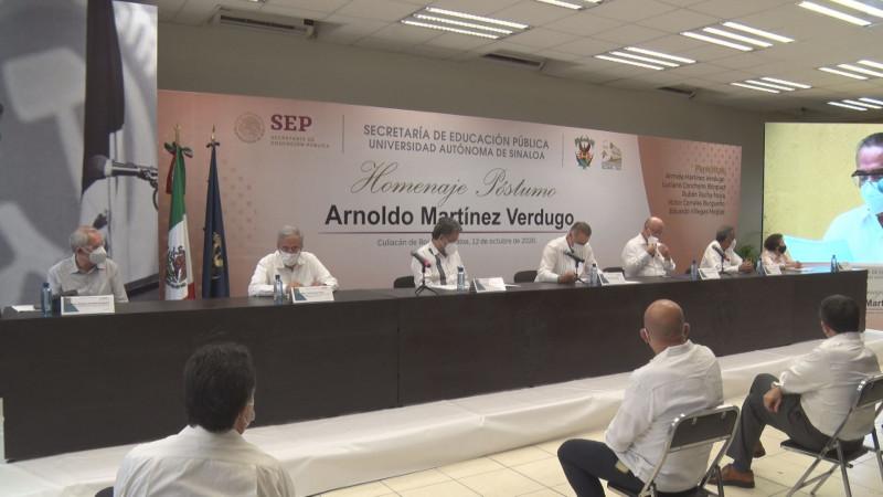 UAS realiza homenaje póstumo a Arnoldo Martínez