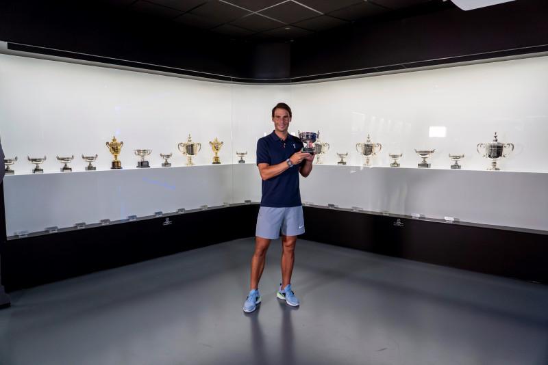 Nadal añade un trofeo más a su museo