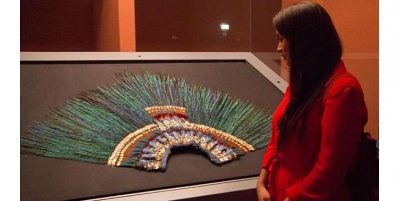 El penacho que hay en Austria no era realmente de Moctezuma, asegura el director del museo que lo custodia