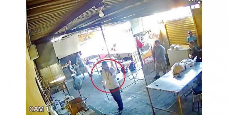 """Empleado de pollería mata a extorsionador que llegó a cobrarles """"derecho de piso"""""""
