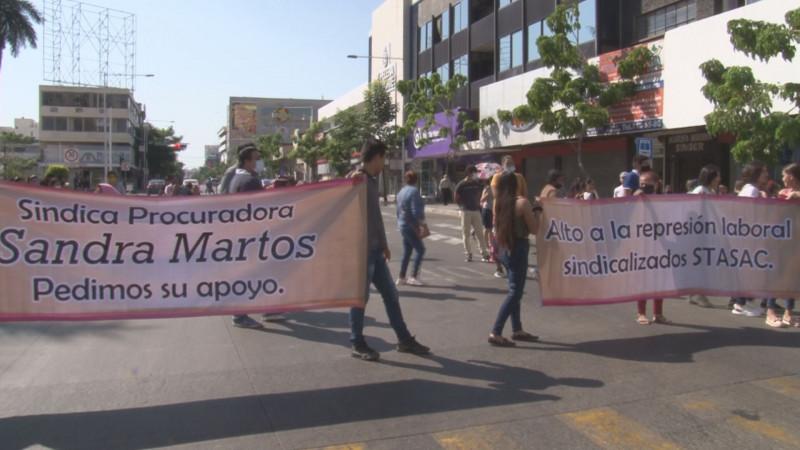 Manifestación por la Obregón genera intenso caos vial