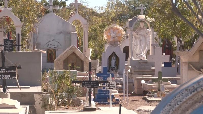 Panteones en Bacum permanecerán cerrados