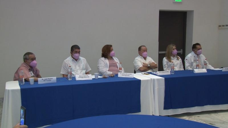 Se requiere hablar más del cáncer de mama: Senador Arturo Bours
