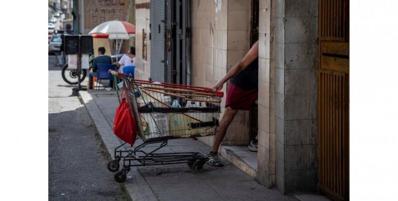 Así es vivir en Venezuela: 8 de cada 10 viven en pobreza extrema y el 96.2% no cubre sus necesidades básicas