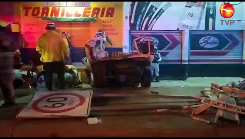 Mueren dos personas en trágico accidente sobre el Libramiento Colosio