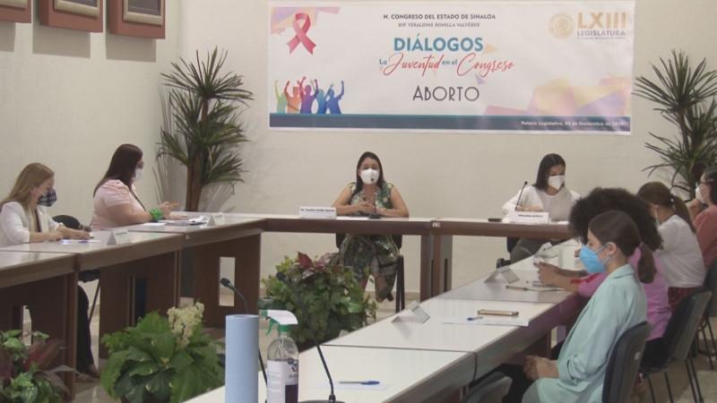Congreso organiza Diálogo entre jóvenes sobre el aborto