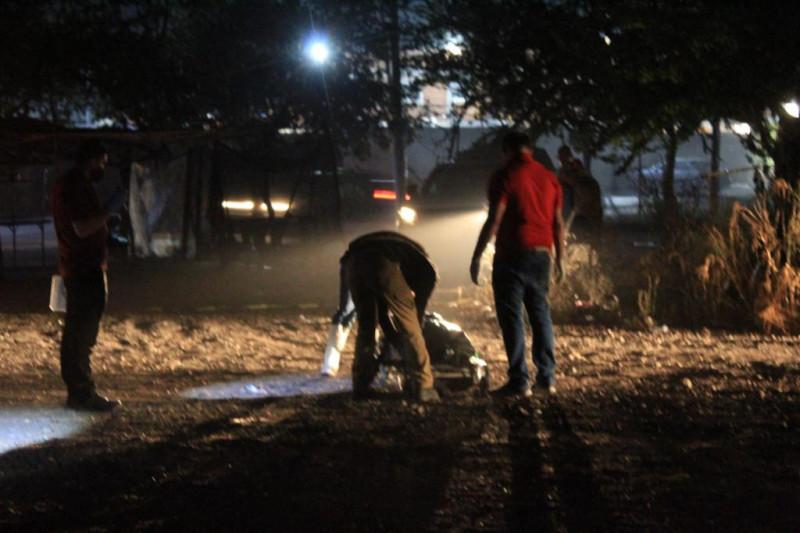 """Encuentran a una persona asesinada a golpes cerca de """"La Costerita"""" al sur de Culiacán"""