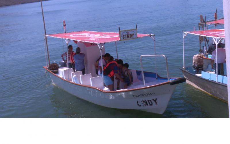 Prestadores de servicio de Topolobampo esperan un repunte de la actividad