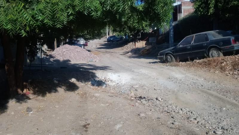 En mal estado las calles de la Buenos Aires
