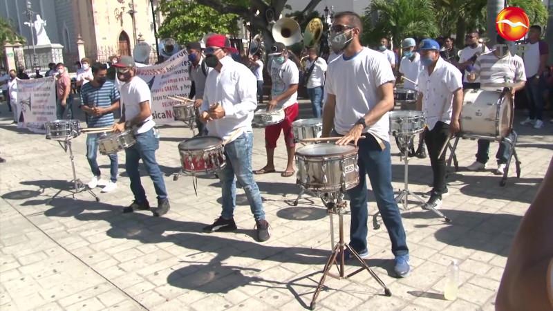 Retumba la tambora, es la protesta de músicos mazatlecos