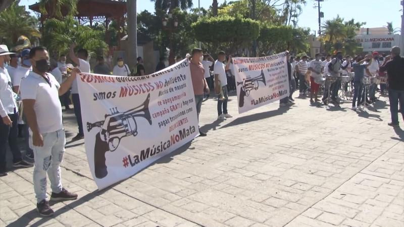 Debe de intervenir CEDH en detención de músicos en Mazatlán: Apolinar García