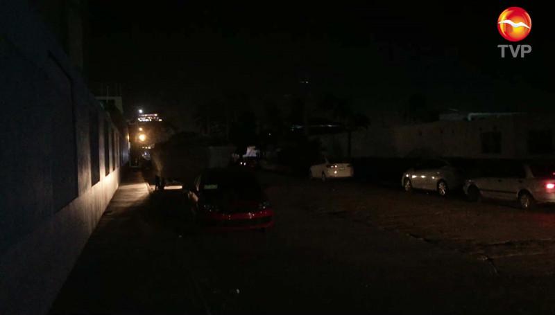 Piden reparar las luminarias en el acceso al Faro