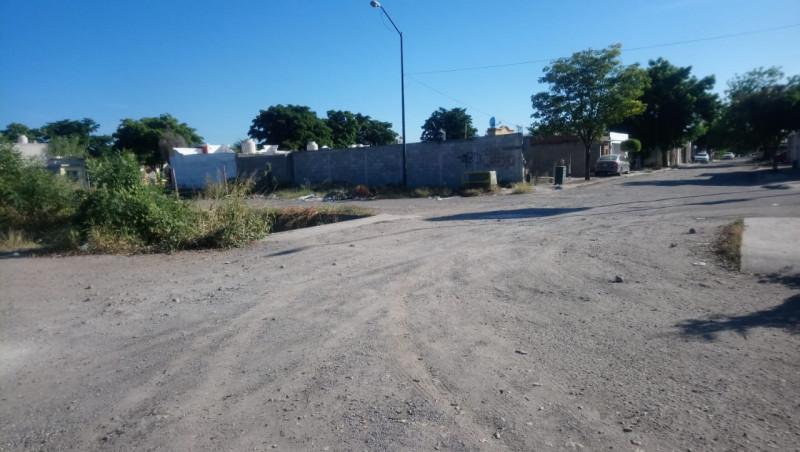 Calles en el sector las terrazas en mal estado