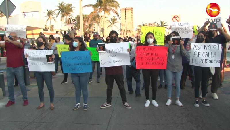 Exigen periodistas la aparición de Carlos Zataráin, fotógrafo desaparecido en Mazatlán