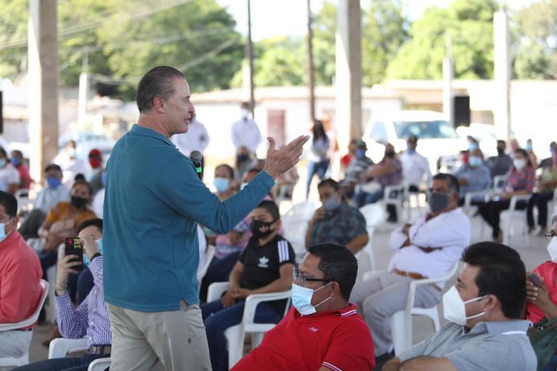 Quirino anuncia que se apoyará a pescadores con gasolina y motores