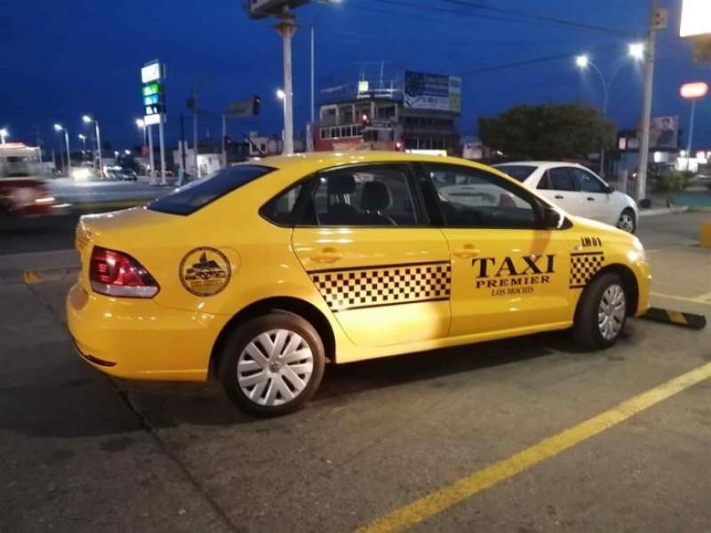 Familia denuncia hostigamiento de Taxistas en Los Mochis