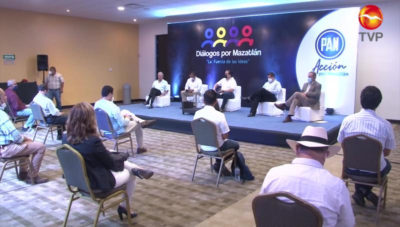 Inaugura Foros Ciudadanos el PAN en Mazatlán